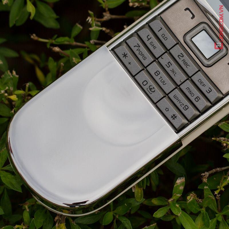 B? b�n ph�m h�nh g?n s�ng b?ng v�ng 18kara c?a Nokia 8800 Sirocco God