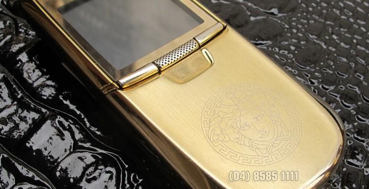 Nokia 8800 Anakin Gold với vỏ bằng kim loại chống xước được mạ vàng 24cara