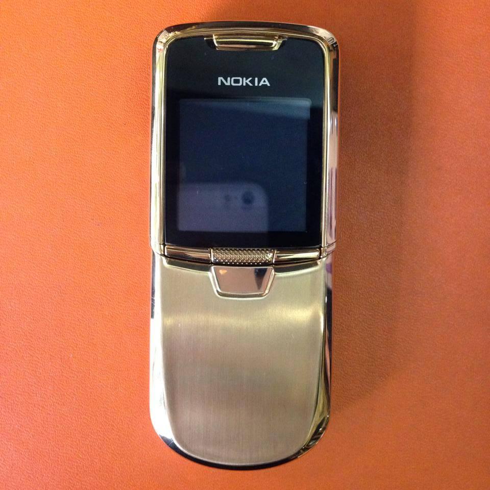 Nokia 8800 Gold Anakin cổ điển đầy sang trọng