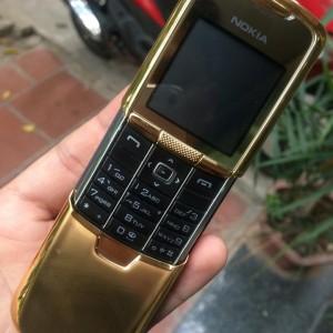 Cơ trượt mạnh mẽ của Nokia 8800 Anakin Gold