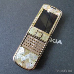 Nokia 8800 Gold Arte khảm ốc tuyệt đẹp