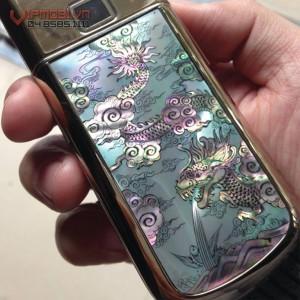 Nokia 8800 Gold Arte Dragon với hình rồng phun nước